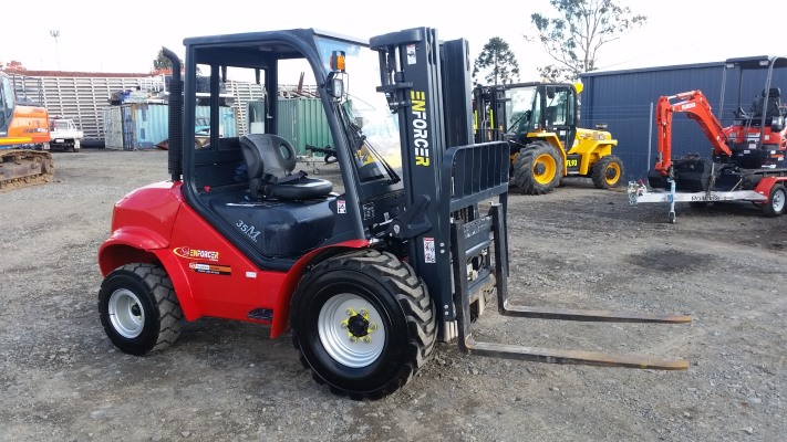 all terrain forklift
